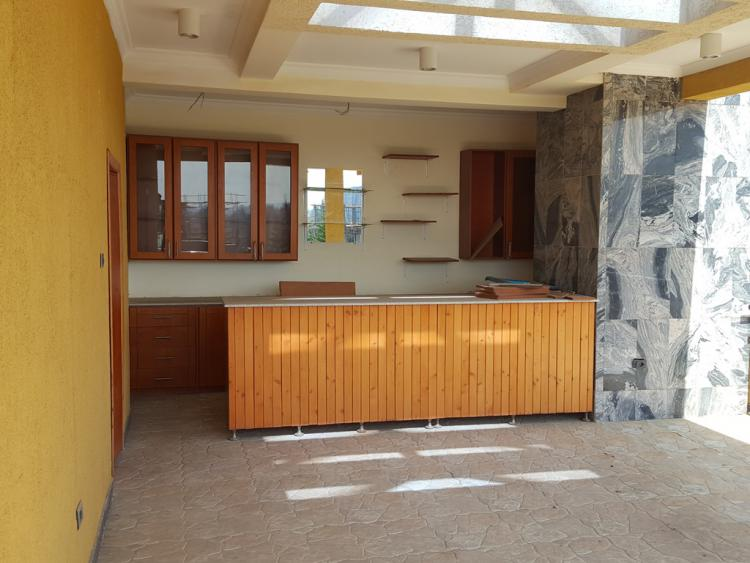 8 Bedroom House, Old Airport, Bole, Addis Ababa, House for Rent