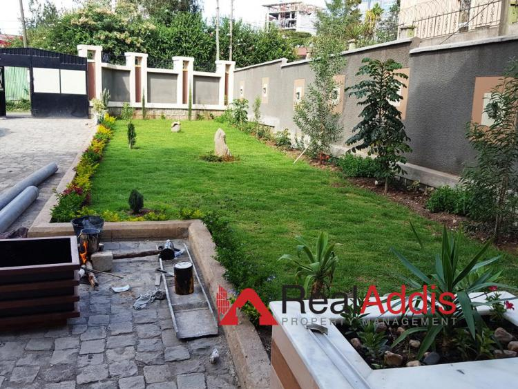 6 Bedroom House, Meskel Flower, Kirkos, Addis Ababa, House for Rent